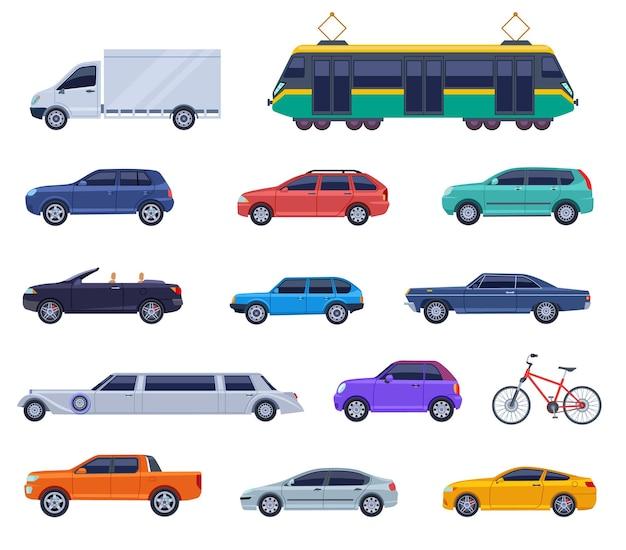 Flache ikonen des stadtverkehrs. auto cabrio, autobus-objektdesign. isolierte intelligente fahrzeuge, lkw, straßenbahn. genauer vektorsatz für logistik und transport