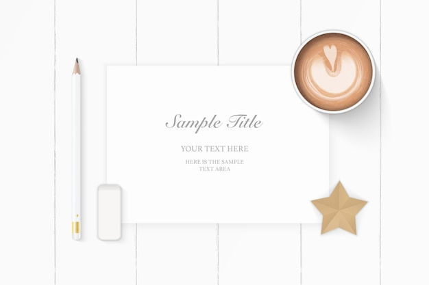 Flache lage draufsicht elegante weiße zusammensetzung papier bleistift radiergummi stern handwerk und kaffee auf holz hintergrund.