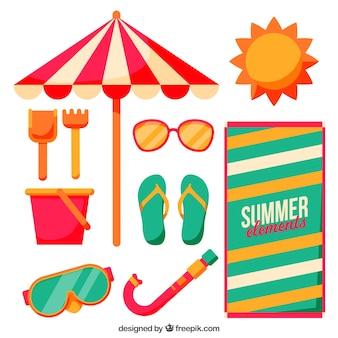 Flache reihe von dekorativen sommerartikeln