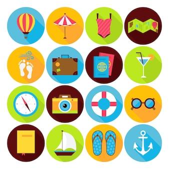 Flache sommerferien-icons set. vektor-flacher stilisierter kreis geformte ferien-, reise- und seeikonen mit langem schatten