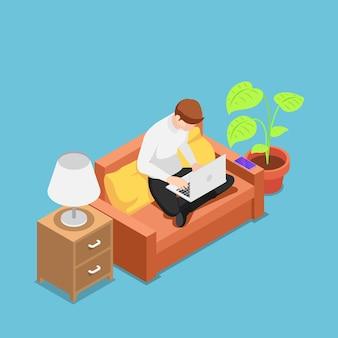 Flacher isometrischer 3d-mann mit laptop, der in seinem haus auf dem sofa arbeitet. heimarbeit und freiberufliches konzept