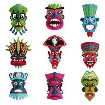 Flacher satz bunter zulu-masken mit verzierungen. traditionelle symbole der ureinwohner, afrikanische stämme. ethnische kultur der aborigines