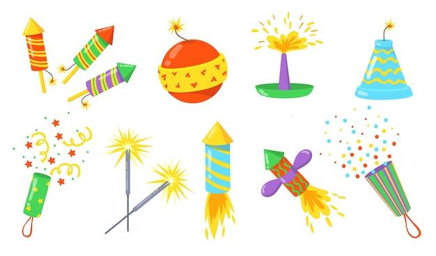 Flaches feuerwerkskörper flaches illustrationsset. karikaturbomben, raketen und cracker mit sicherungen isolierten vektorillustrationssammlung. feuerwerk für urlaubs- und feierkonzept