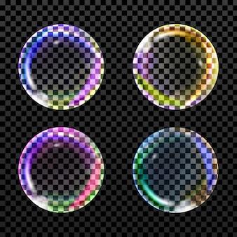 Fliegende transparente seifenblasen in verschiedenen formen auf einem karierten hintergrund