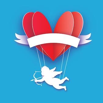 Fliegender amor - kleiner engel. liebe rotes herz im papierschnittstil