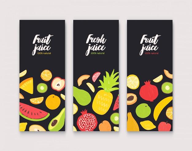 Flyer mit frischen saftigen exotischen tropischen früchten und platz für text auf schwarzem hintergrund. flache vektorillustration für natürliche saftförderung, werbung für gesundes getränk.