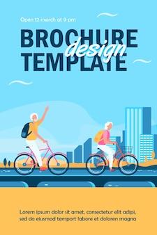 Flyer-vorlage für ältere paare, die fahrräder reiten
