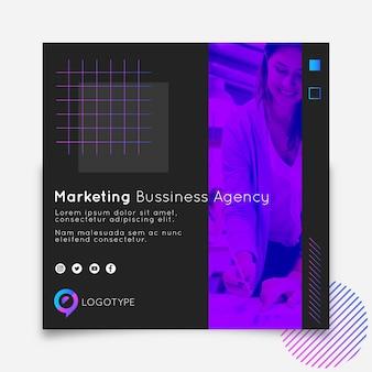 Flyer-vorlage für marketing-geschäftsquadrate