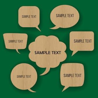 Form sprechblase für think grün mit karton material.