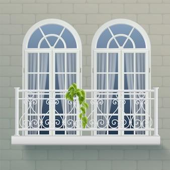 Fragment der hauswand mit zwei fenstern, die durch gemeinsamen balkon mit geschmiedetem zierzaun realistisch vereinigt werden