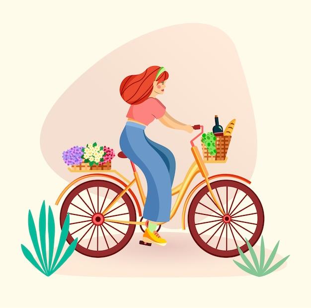 Frau, die ein weinlesefahrrad mit körben der blumen und des essens reitet. umweltfreundliches transportkonzept. flache trendige illustration.