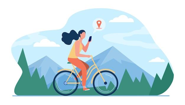 Frau, die fahrrad durch berge reitet. mädchen radfahren und beratung standort app auf zelle flache illustration.
