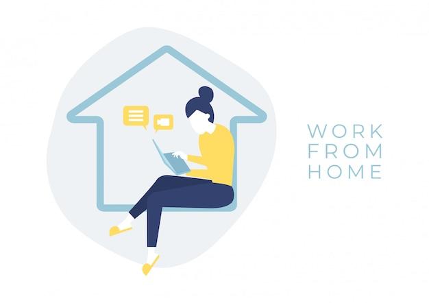Frau, die in einem haus mit einem notizbuchcomputer in ihrer hand sitzt. work from home-konzept.