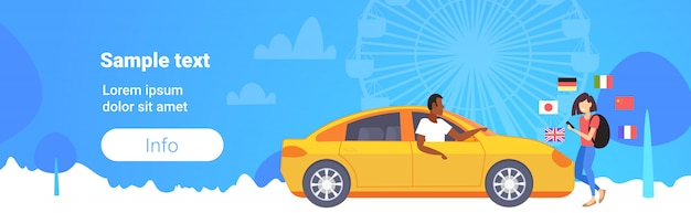 Frau, die mobiles wörterbuch oder übersetzertourist verwendet, der mit taxifahrerkommunikations-personenverbindungskonzept verschiedene flaggen riesenradhintergrundkopierraum in voller länge horizontal diskutiert