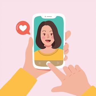 Frau, die selfie foto auf smartphone nimmt