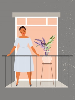 Frau im fenster. schönes mädchen, das am balkon steht. quarantäne und selbstisolation während des pandemiekonzepts. covid-19-prävention. alleinstehende dame mit geschlossenen augen draußen stehen.