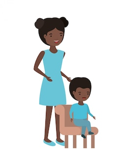Frau mit dem baby, das auf stuhlavatara sitzt