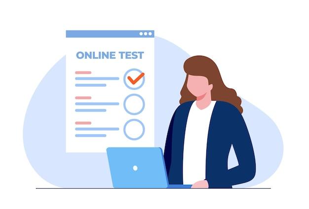 Frau mit einem laptop, der online-test besteht und antworten überprüft. flache vektorillustration