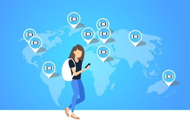 Frau mit smartphone mobile app mädchen bestellung taxi taxi miete carsharing transportservicekonzept ort geo-tags auf der weltkarte in voller länge horizontal