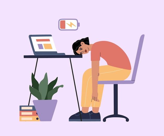 Frau müde von harter arbeit, schläfrig bei der arbeit