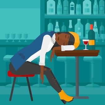 Frau schläft in der bar