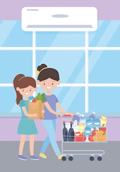Frau und mädchen mit einkaufstasche und wagen voller produkte, überschüssiger kauf