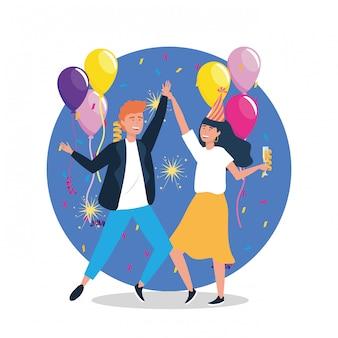 Frau und mann tanzen mit luftballons und hut