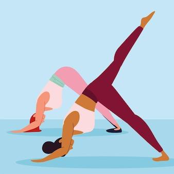 Frauen, die yoga praktizieren
