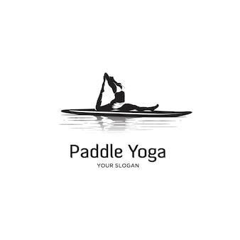 Frauen paddel board silhouette logo