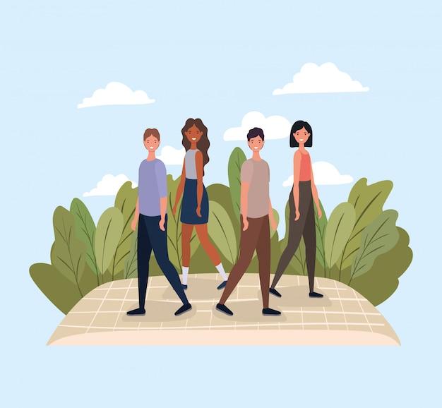 Frauen und männer gehen am park