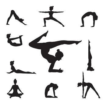 Frauen-yoga wirft schattenbilder auf.