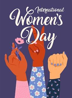 Frauenhand mit ihrer faust hob konzept auf