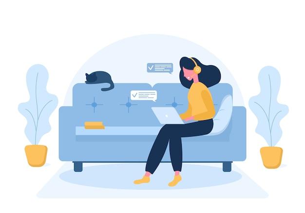 Freiberufliche frauen. mädchen mit laptop in den kopfhörern, die auf dem sofa sitzen. konzeptillustration für arbeiten, studieren, bildung, arbeiten von zu hause aus, gesunder lebensstil. illustration im flachen stil.