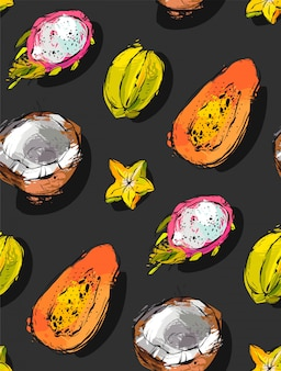 Freihand strukturiertes ungewöhnliches nahtloses muster mit exotischen tropischen früchten papaya, drachenfrucht, kokosnuss und karambola lokalisiert auf schwarzem hintergrund,