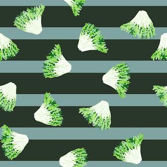 Friseesalat des nahtlosen musters auf grauem gestreiftem hintergrund. einfache verzierung mit salat. zufällige pflanzenvorlage für stoff. design-vektor-illustration.