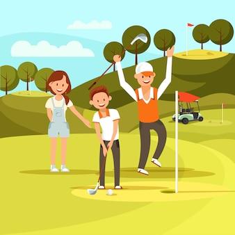 Fröhlicher junge mit dem ziel, den golfball zu treffen hit it in hole.