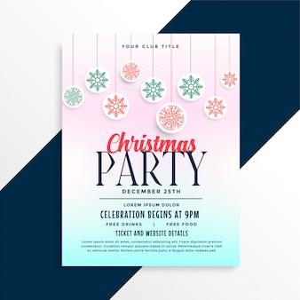 Fröhliches weihnachtsfest-plakatdesign mit schneeflockenbällen