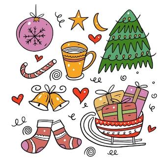 Frohe weihnachten doodle elemente. buntes gekritzel lokalisiert auf weißem hintergrund.
