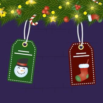 Frohe weihnachten-szene mit kranz und tags hängen