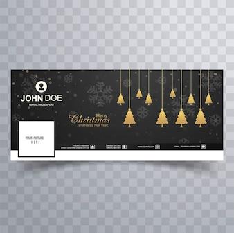 Fröhlicher Weihnachtsbaum mit bunter Schablone der Facebook-Fahne