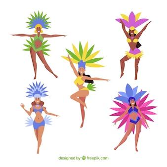 Fünf brasilianische karnevalstänzer