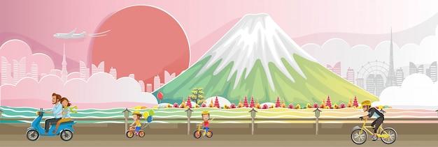 Fuji berg. japan-marksteinlandschaft. panorama des gebäudes. glücklicher fall der herbstlandschaft von leuten.