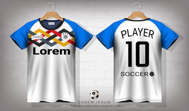 Fußball jersey und t-shirt sport mockup template.