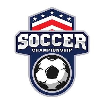 Fußballprofi-logo im flachen stil, fußball und schild mit sternen.