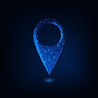 Futuristisches glühendes niedriges polygonales gps-symbol lokalisiert auf dunkelblauem hintergrund.