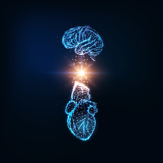Futuristisches konzept der emotionalen intelligenz mit leuchtend niedrigem polygonalen menschlichen gehirn und herz
