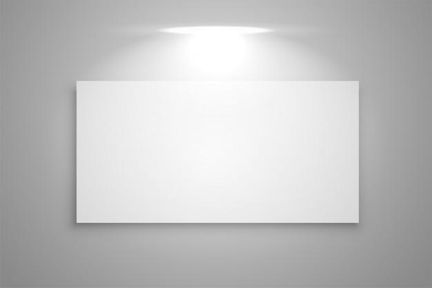 Galerierahmen mit fokuslichthintergrund anzeigen