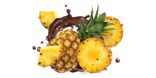 Ganze und geschnittene ananas in schokoladenspritzern auf weißem grund. realistische illustration.