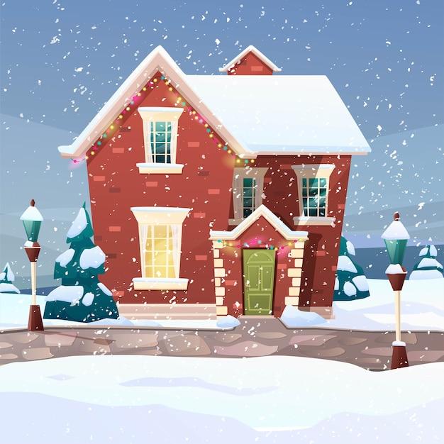 Gebäude im viktorianischen retro-stil mit tannenbaum am hof, licht von den fenstern, laternen für weihnachten.