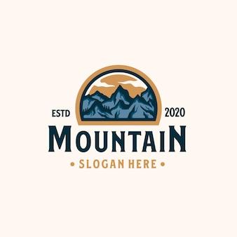 Gebirgsabenteuer-emblem-logoschablone